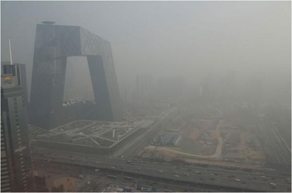 china-smog-2013-TV-bldg.jpg