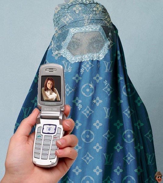 mo-phone1.jpg